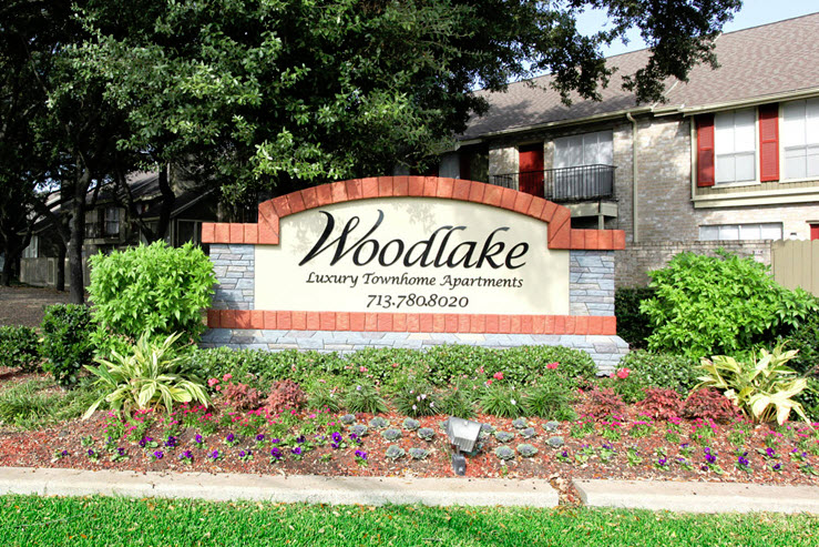 Woodlake Townhomes Apartments Houston, TX