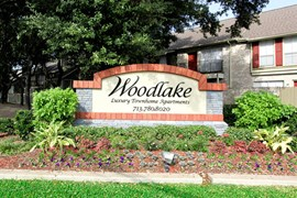 Woodlake Townhomes Apartments Houston TX