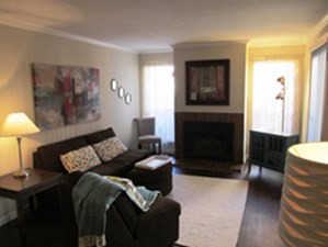 Living at Listing #140061