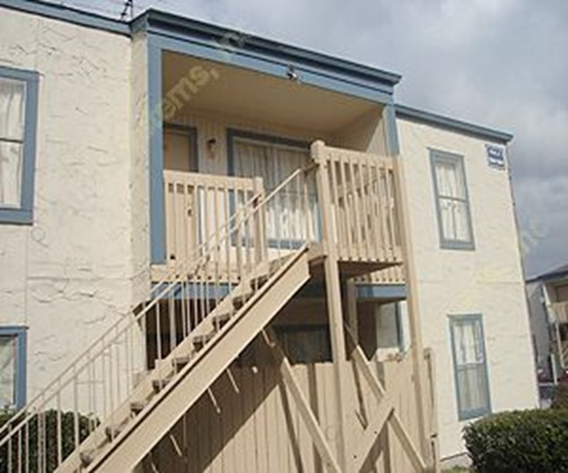 Bayou West Apartments