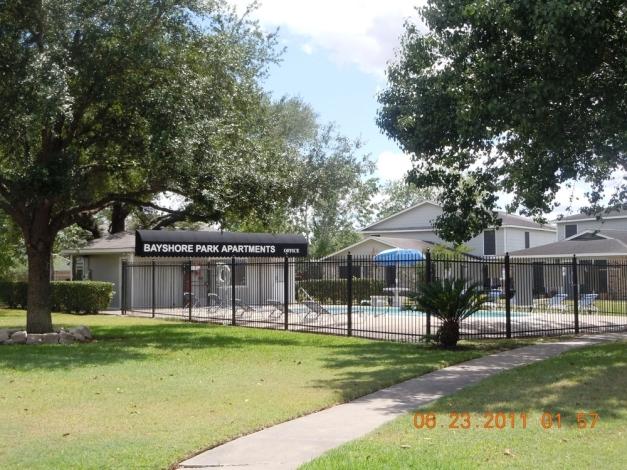 Bayshore Park Apartments Pasadena, TX
