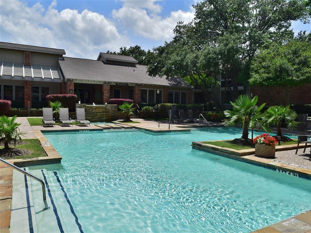 Pool at Listing #135843