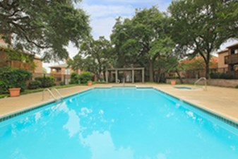 Pool at Listing #140971
