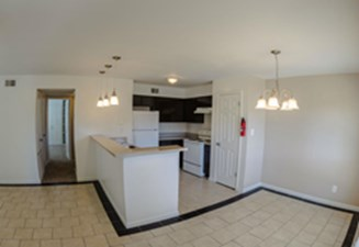 Dining/Kitchen at Listing #254048