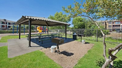 Picnic Area at Listing #140528