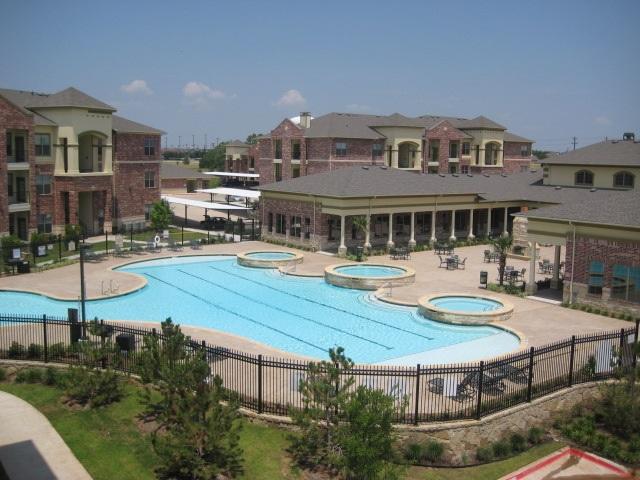 Crest Manor II Apartments