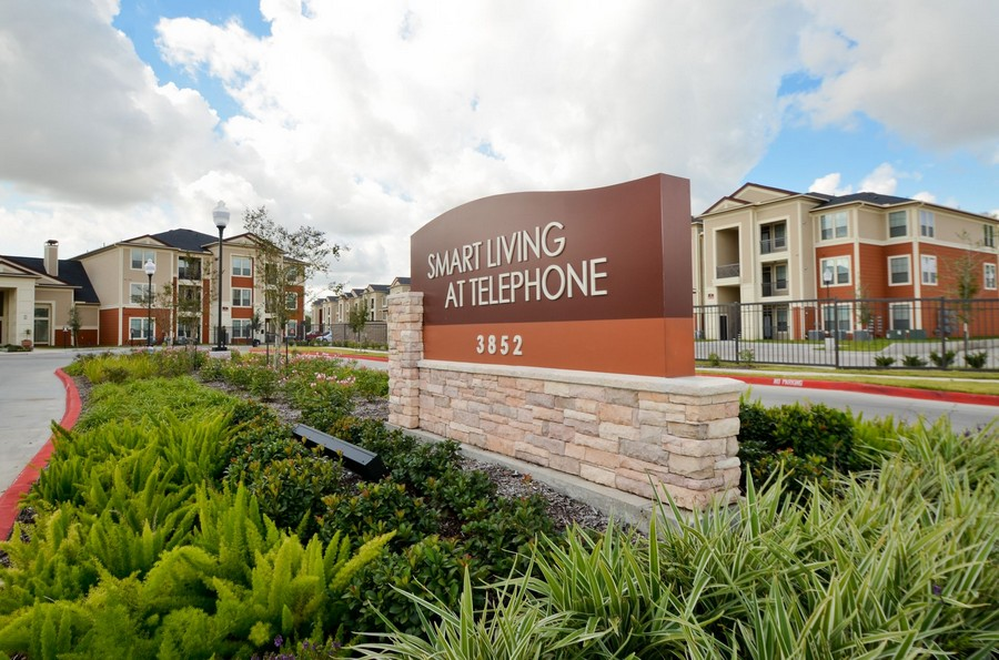 Smart Living at Telephone Apartments Houston TX