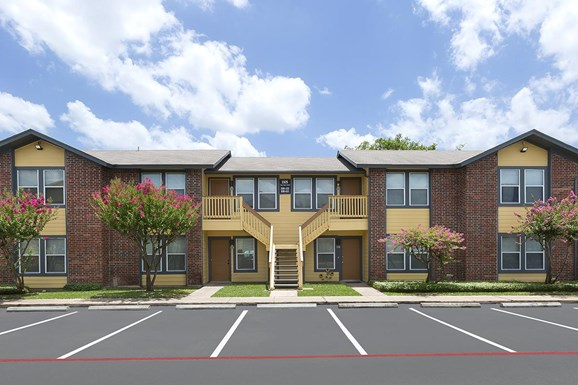 Brushy Creek Village Apartments