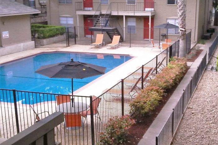 Pool at Listing #141015