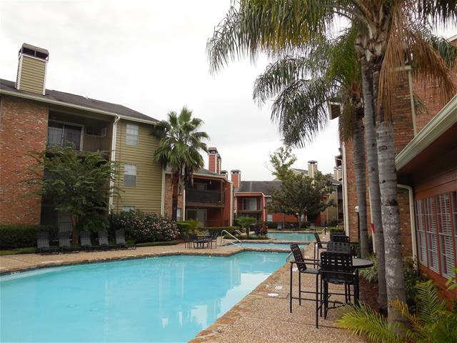 Pool at Listing #138718