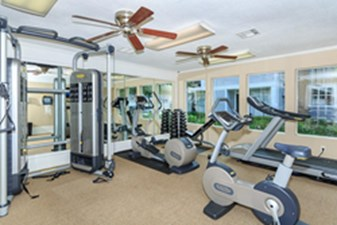 fitness center at Listing #138622