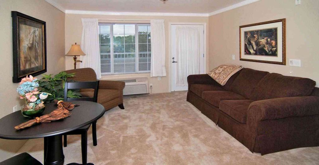 Living Room at Listing #144607