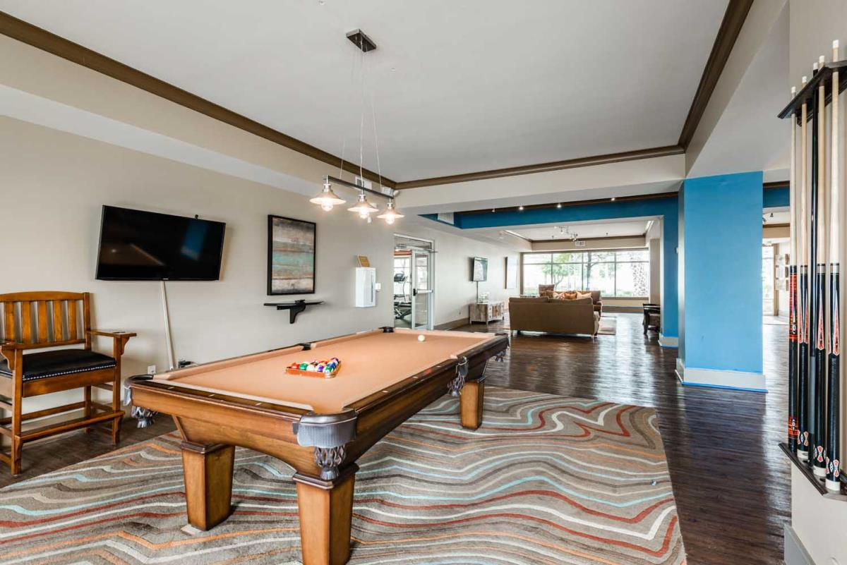 Gameroom at Listing #153282