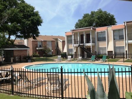 Pool at Listing #139445