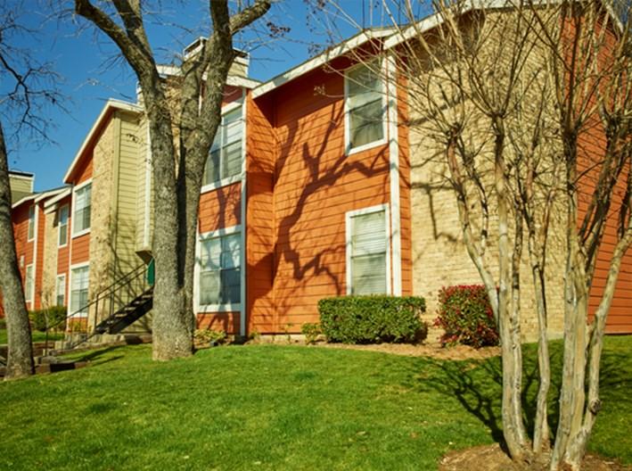 Bedford Oaks Apartments