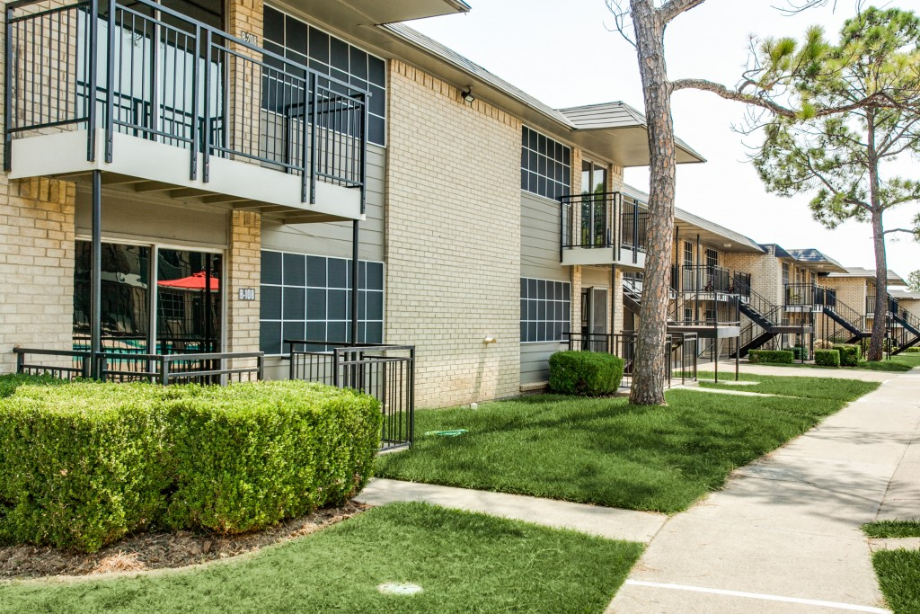 Terraces on the Parkway ApartmentsGrand PrairieTX