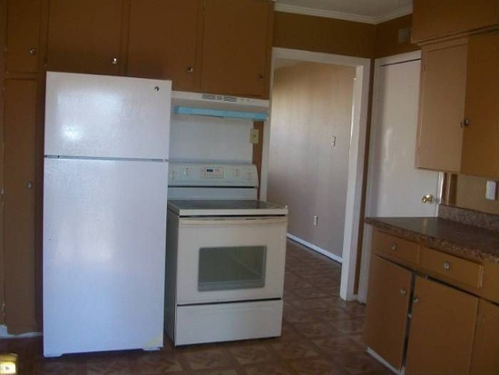 Kitchen at Listing #137471