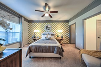Bedroom at Listing #236573