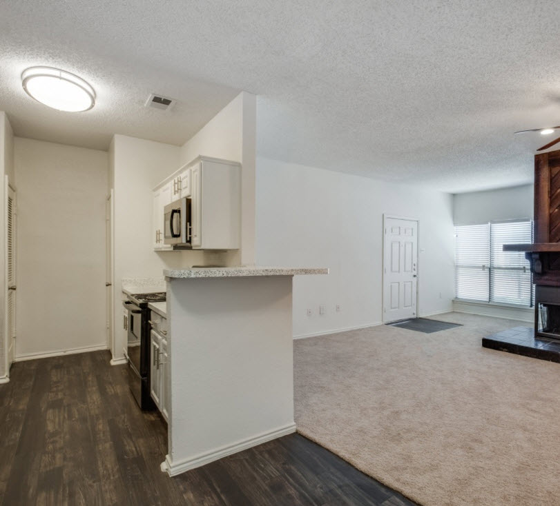 Living/Kitchen at Listing #136717