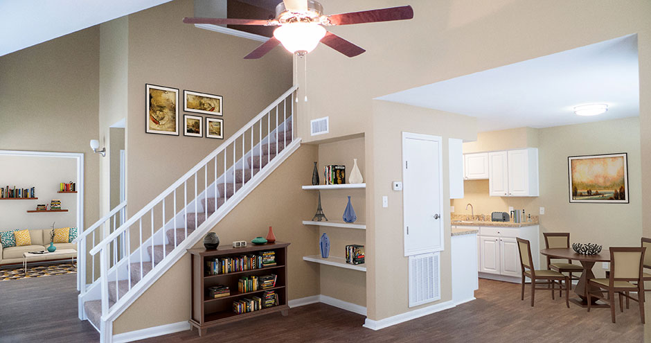 Living Area at Listing #139740