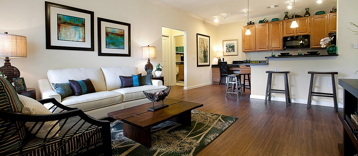 Living Area at Listing #152238