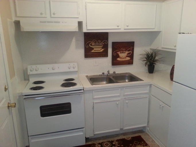 Kitchen at Listing #138463