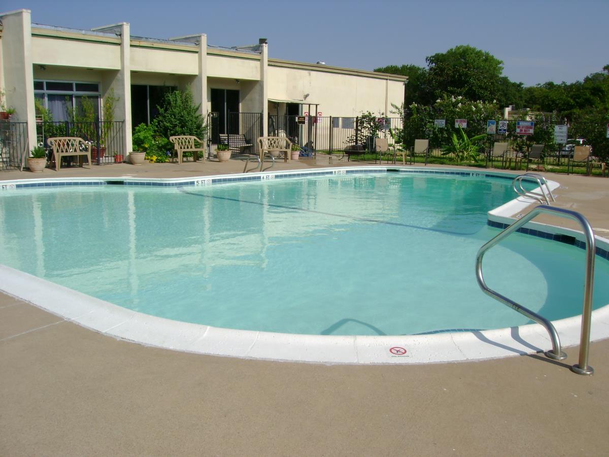 Pool at Listing #137196