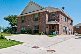Exterior at Listing #147102