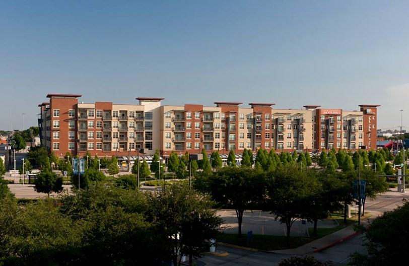Broadstone Ambrose Apartments