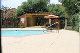Pool at Listing #140957