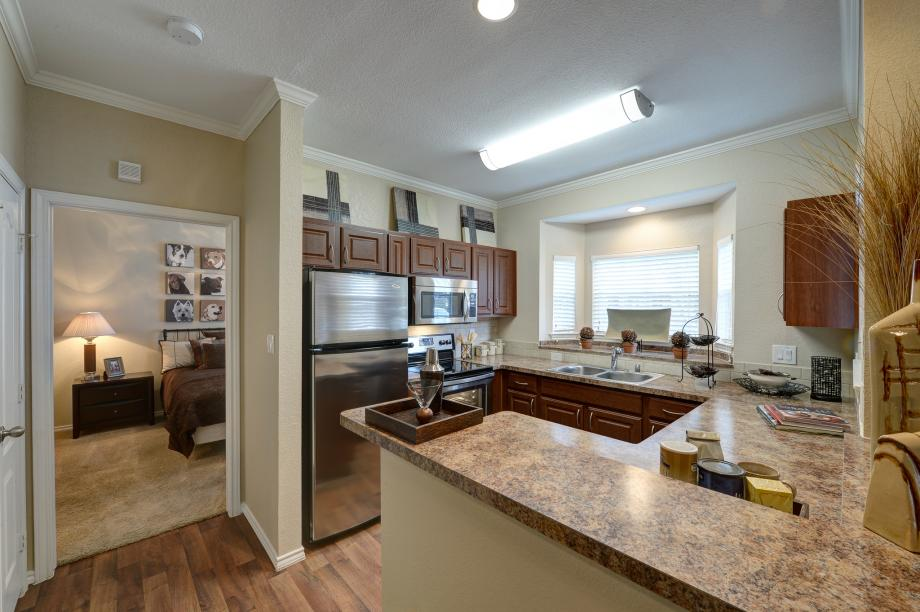 Kitchen at Listing #137614