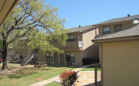 Exterior at Listing #144240