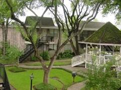 Tara Oaks Apartments Houston TX