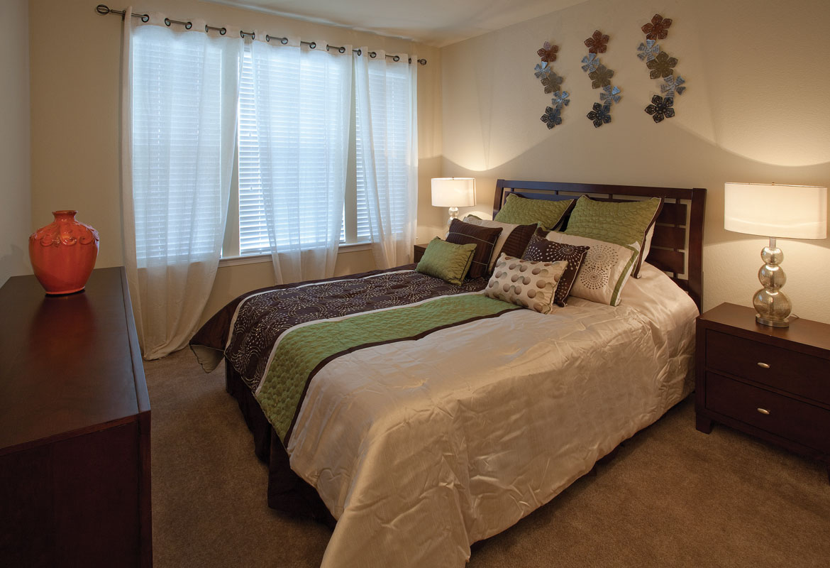 Bedroom at Listing #282281