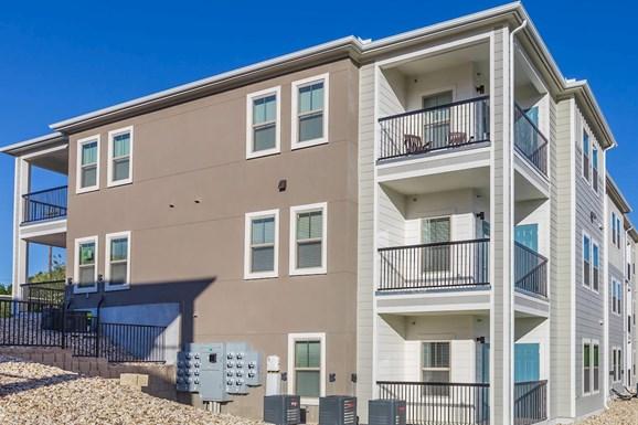 Vista Bella Apartments