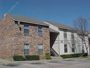 Haltom Oaks at Listing #137072