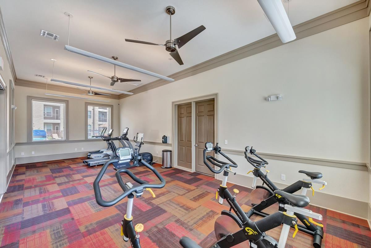 Fitness Center at Listing #276854