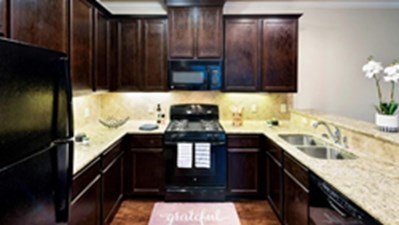 Kitchen at Listing #337782