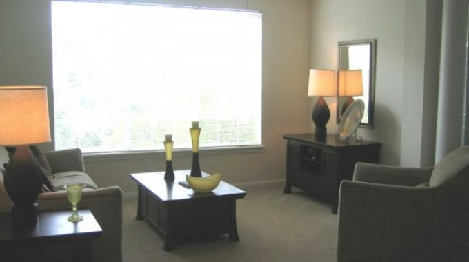 Living at Listing #138870