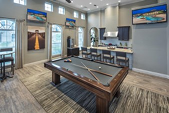 Gameroom at Listing #224145
