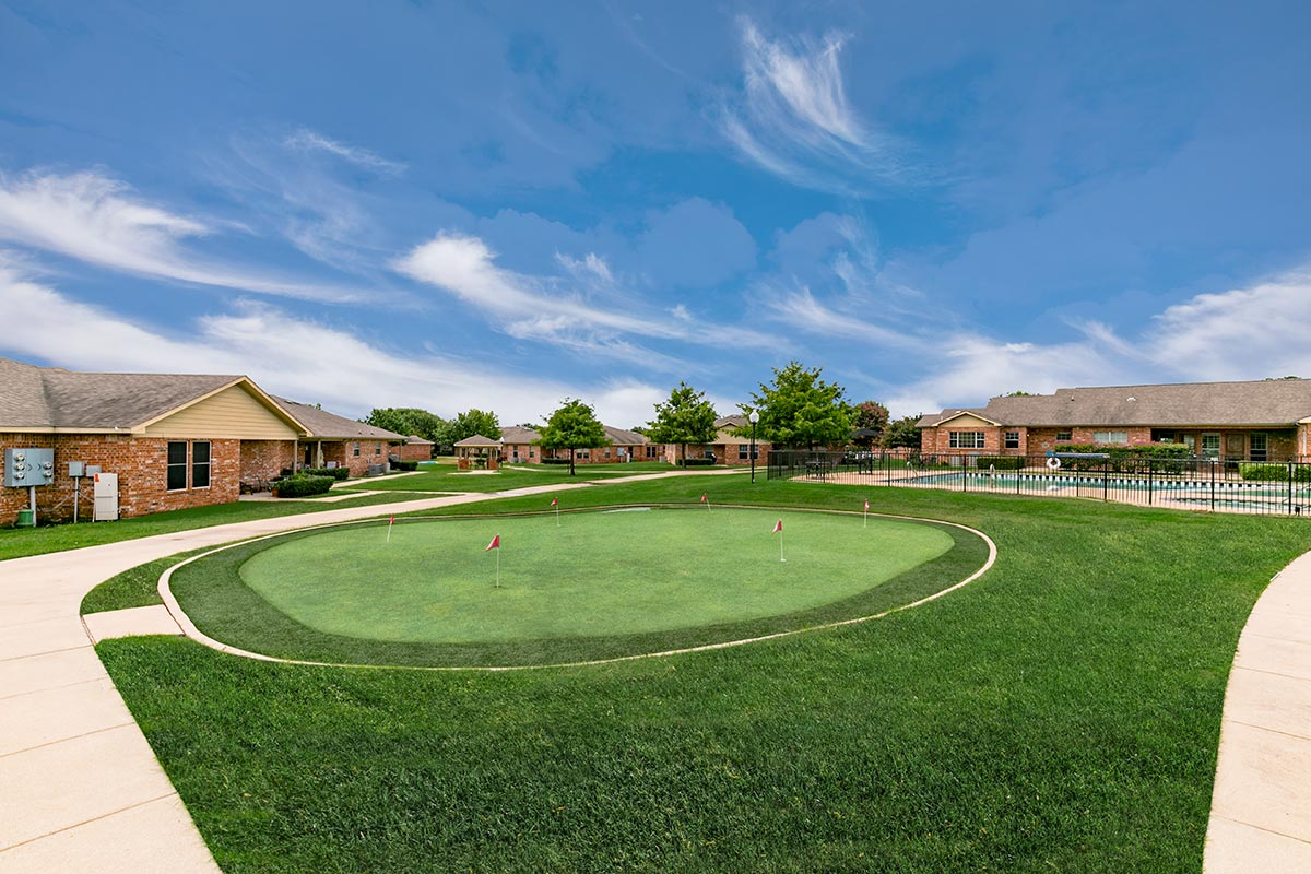 Putting Green at Listing #138214
