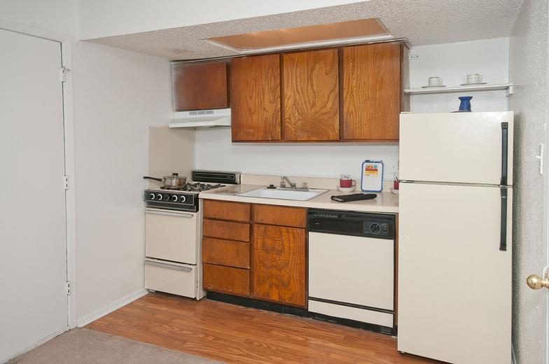Kitchen at Listing #141121