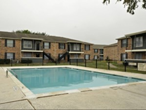Pool at Listing #139964