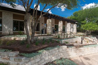 Exterior 3 at Listing #140764
