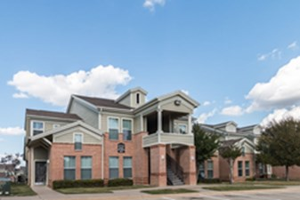 Overton Park Townhomes at Listing #138143