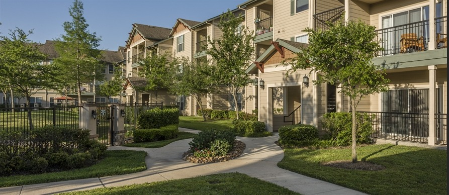 Broadwater Apartments , TX