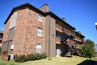 Exterior at Listing #136745