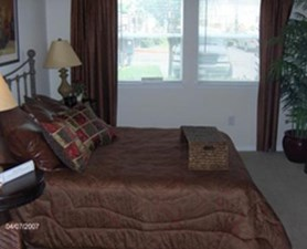 Bedroom at Listing #144193