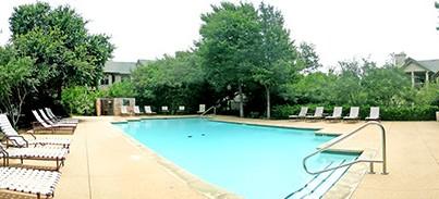 Pool at Listing #140614