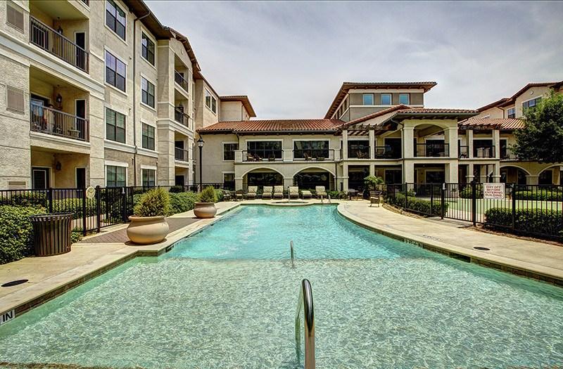 Pool at Listing #144791